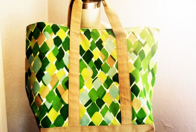 tote feature